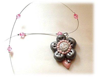 Collana fiore quarzo rosa