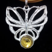 """Ciondolo donna """"farfalla"""" in argento 925 con tormalina gialla fatto a mano C229"""