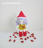 Bomboniera comunione, cresima, compleanno bimba bambolina Memole amigurumi.
