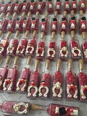 Bottiglia vetro con tappo sughero per laurea con ferro di cavallo, gufetto, pergamena