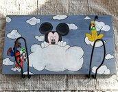 Quadro porta pannolini, porta oggetti per fasciatoio dipinto a mano e personalizzabile, idea regalo nascita