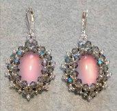 Orecchini sul rosa/viola/grigio con cabochon ovale effetto occhi di gatto