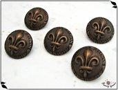 Bottone in metallo - stemma giglio di Firenze, colore ottone invecchiato, attaccatura con gambo - 5 pezzi