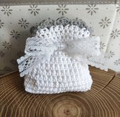 Sacchettino confetti cotone uncinetto bianco e grigio, bomboniere, bomboniera, battesimo, comunione, cresima, matrimonio