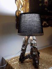 Lampada da tavolo abat jour lavorata artigianalmente