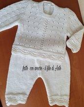 Pantaloni e maglia bambina / bambino lavorati a mano