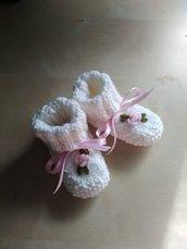 Scarpine ai ferri neonata,scarpine bianche in maglia,babbucce neonata lana,scarpine fatte a mano neonata