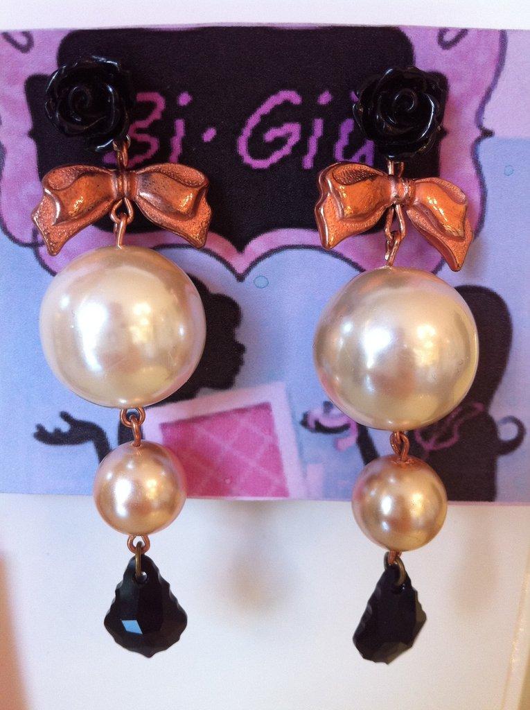 Orecchini perle e swaroski stile Tarina Tarantino