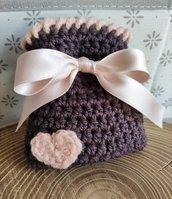 Sacchettino confetti uncinetto color marrone cioccolato e rosa cipria bomboniere, bomboniera, battesimo, comunione, cresima, matrimonio