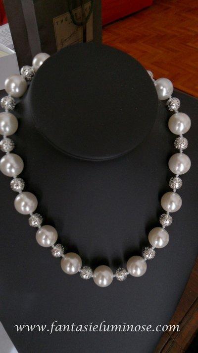 collana perlone bianche e acciaio