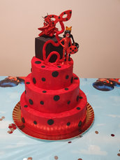 Torta tema Ladybug