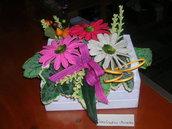 Composizioni fiori realizzati all'uncinetto - Gerbere in cassettina shabby