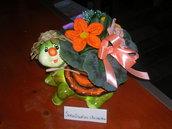 Composizioni fiori realizzati all'uncinetto - Tartaruga con fiori misti