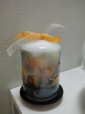 Candela decorata a mano, con brillantini (piattino nero non incluso) 8cm
