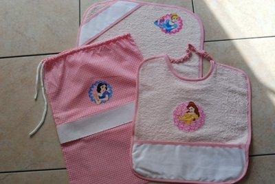Set 3 pz Nido Materna - Le Principesse rosa - da ricamare