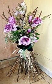 Fascina con rami in legno e fiori artificiale