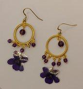 ORECCHINI A CREOLA con ametista e violetta vera essiccata e plastificata, orecchini viola