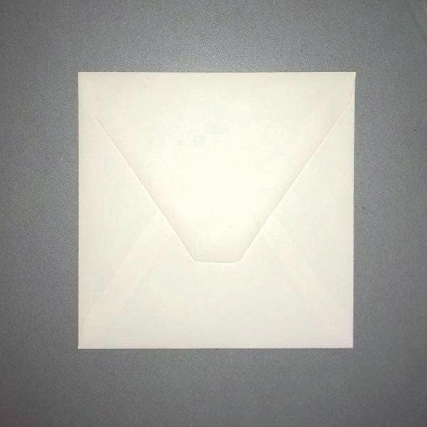 N. 15 buste quadrate panna per inviti e partecipazioni di matrimonio.