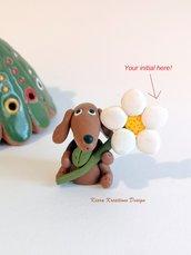 Regalo festa della mamma Decorazione con cane bassotto personalizzato con la vostra iniziale sul petalo, idea regalo per amanti dei bassotti