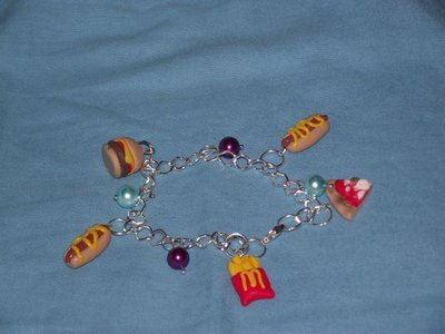 Bracciale con Hamburger,patatine,e hot dog