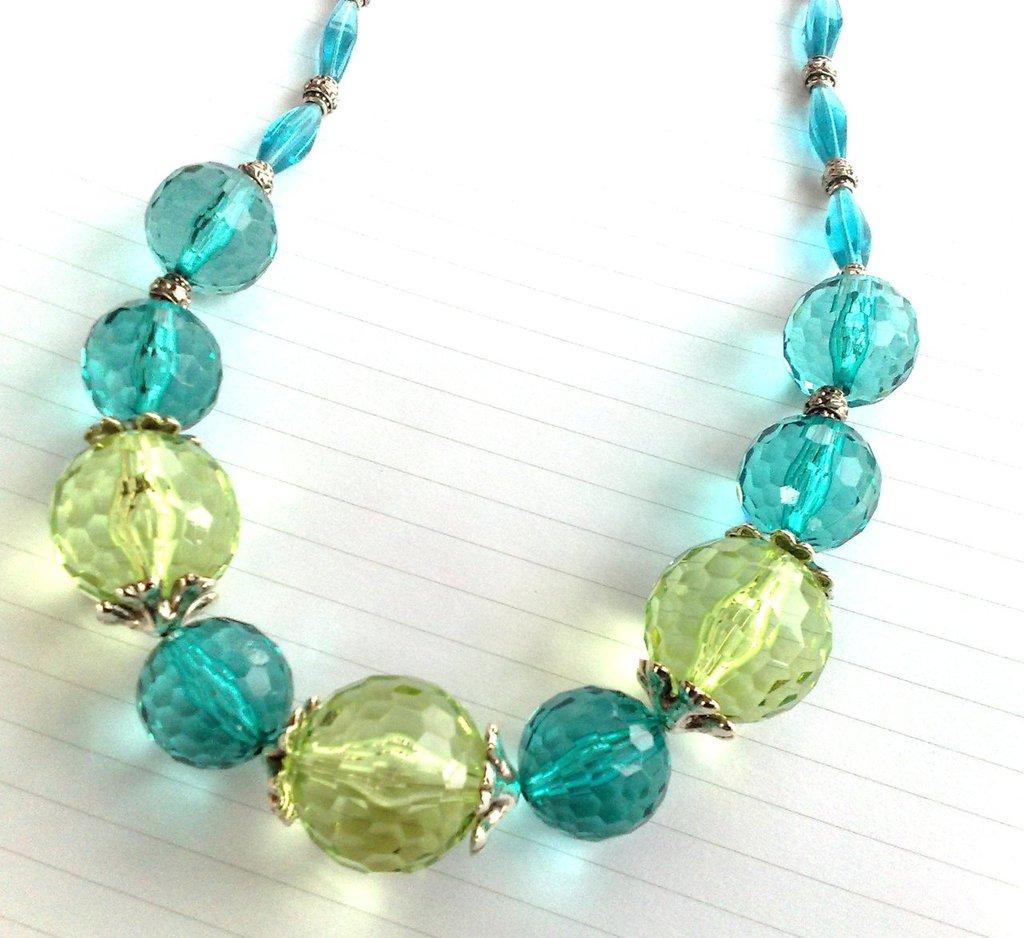 Collana verde e azzurro