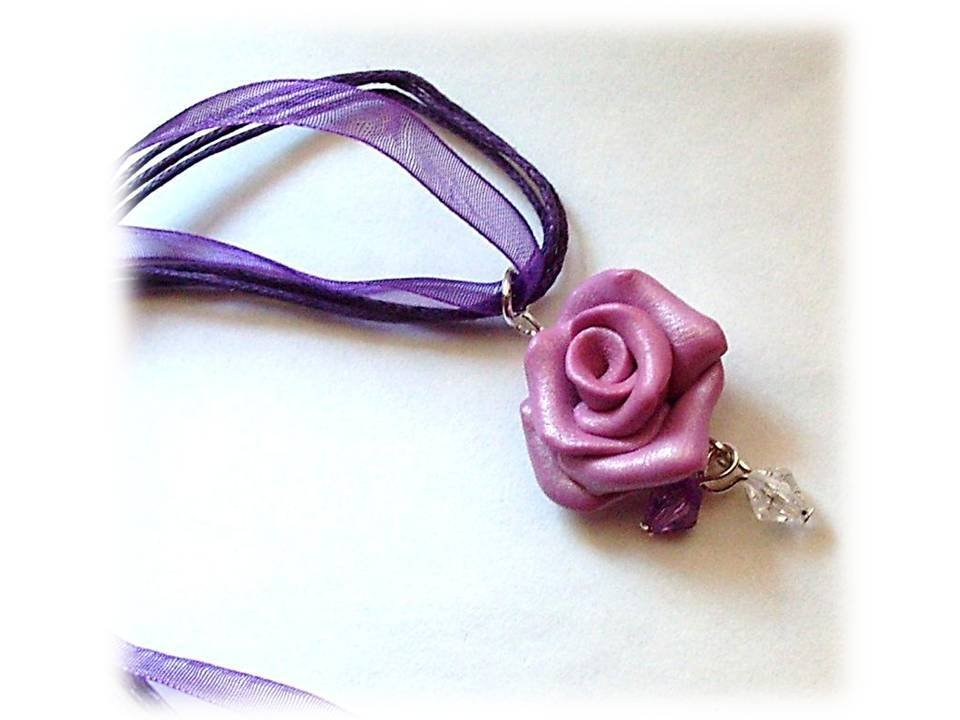 Collana rosa viola- fimo