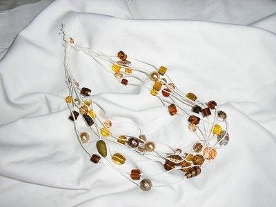 Collana fili marrone