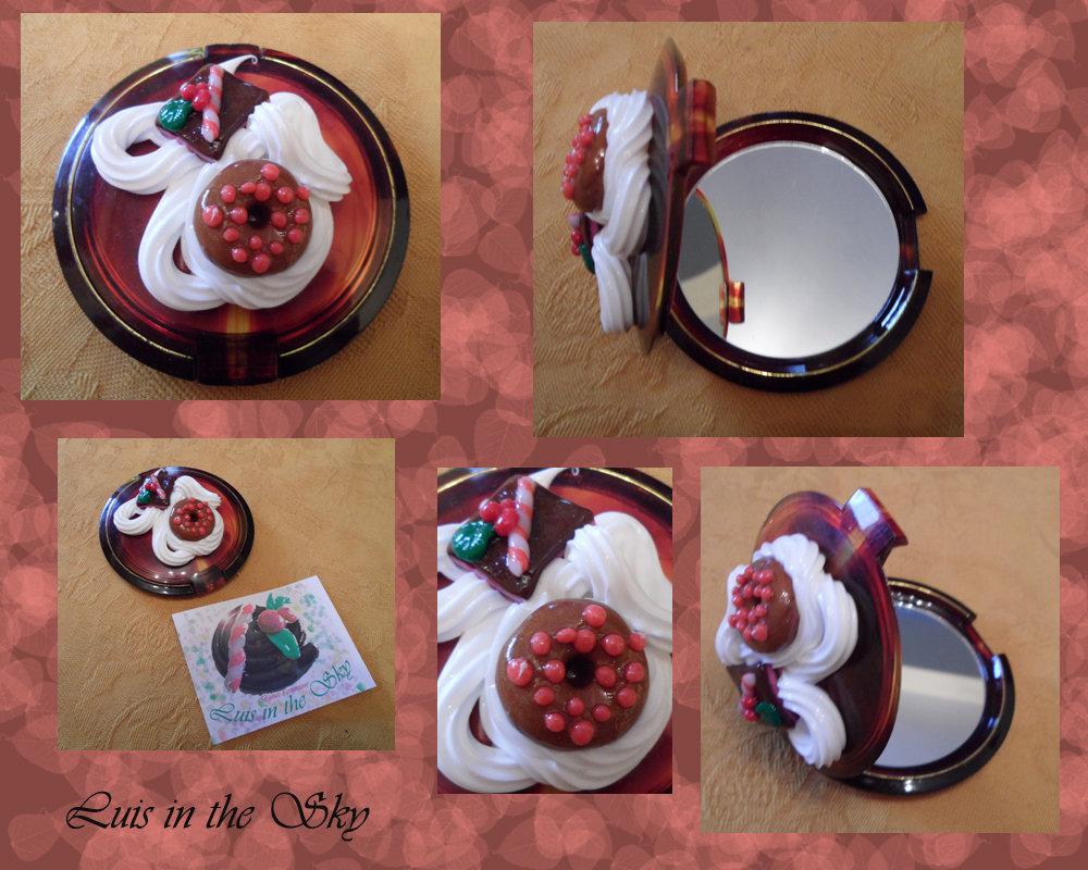 specchietto da borsa con dolcetti in cernit