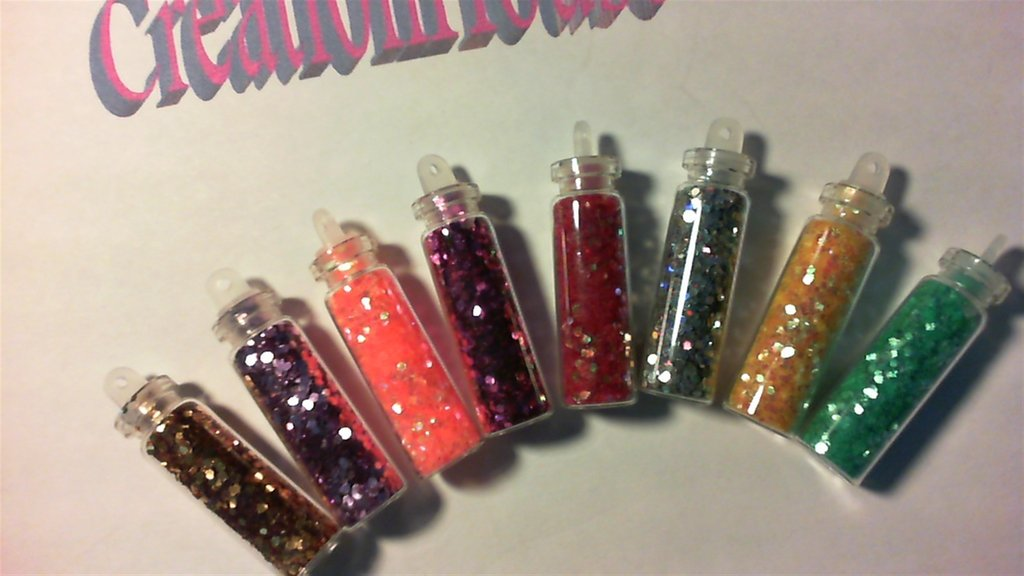 Bottigliete con stras Nail+ Bijoux