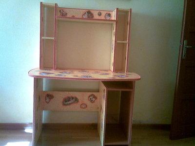 Recupero mobile e scrivania vecchia per la casa e per te for Regalo mobili vecchi