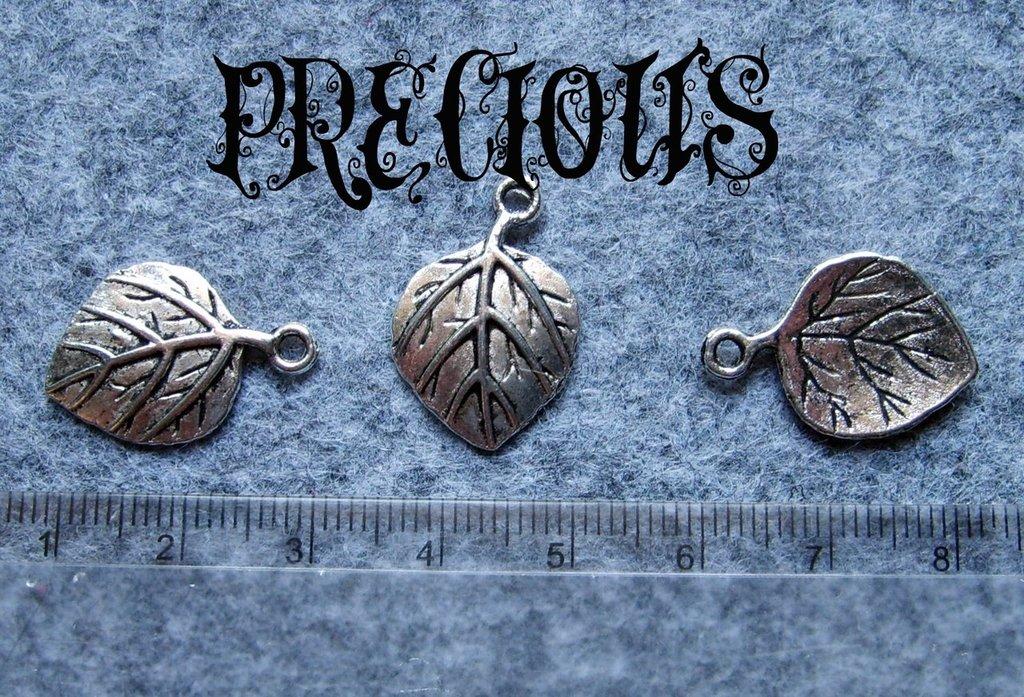 10 pz charms foglia