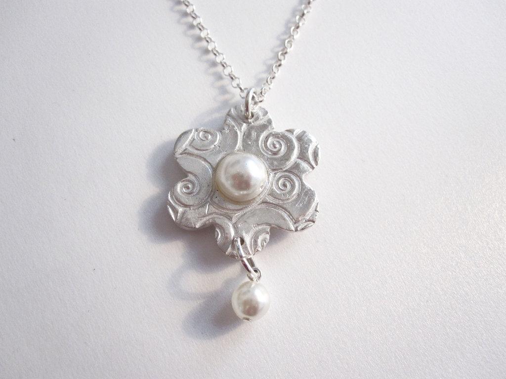 Collana in argento e perle di fiume