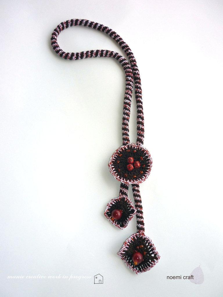 collana crochet lunga