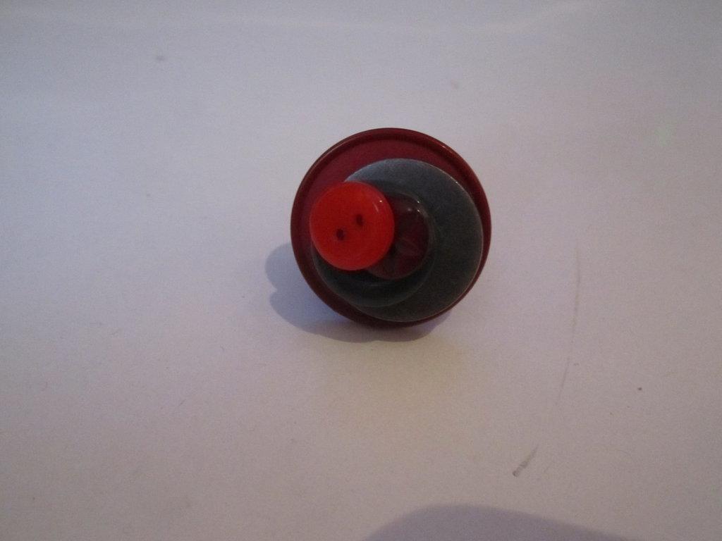 anello rosso