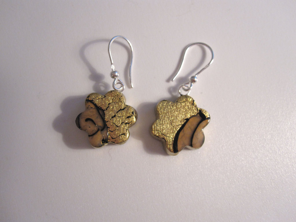 Orecchini floreali in foglia oro