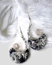 Etnic silver crystal earrings
