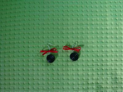 orecchini liquirizie con fiocchetto