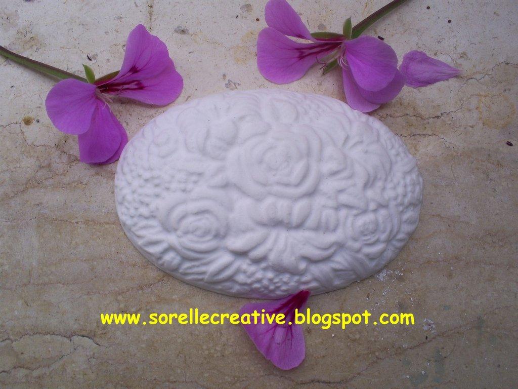 gessetti profumati ovale pendente decorazione fiori