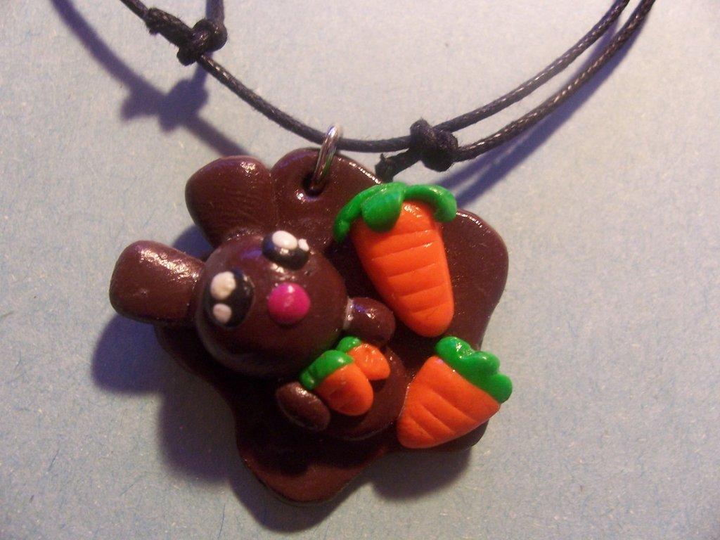 Coniglietto Brown ciondolo x collana... =)