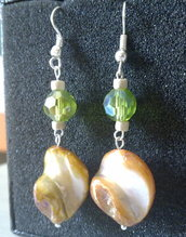 orecchini bigiotteria verdi e gialli