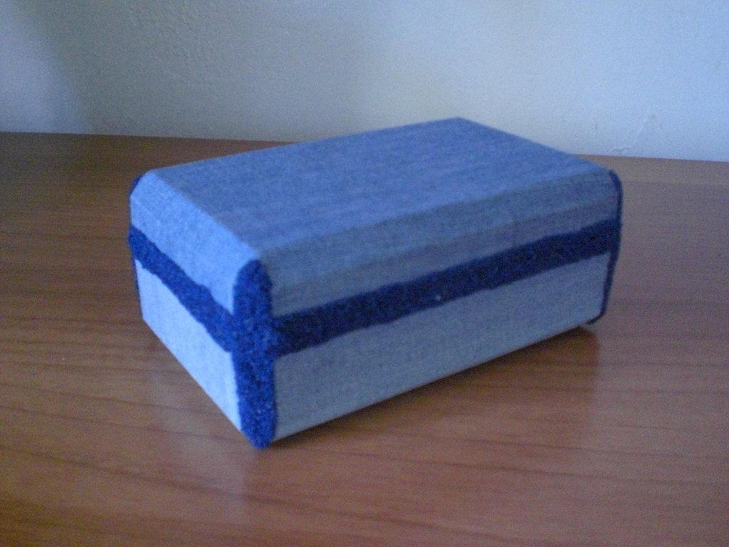 scatola Jeans e Sabbia