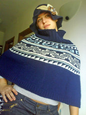 poncho blu jacquard