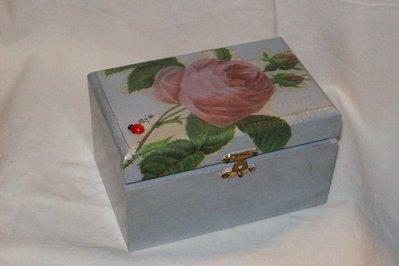 """Scatola di legno """"rosa"""""""