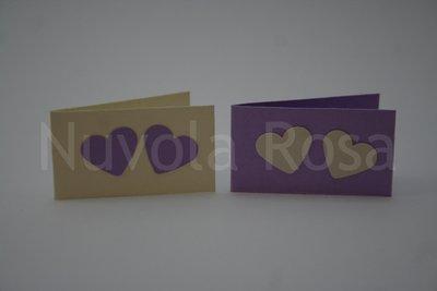 Bigliettino bomboniera lilla con cuori