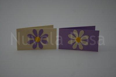 Bigliettino bomboniera lilla con fiore