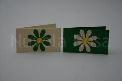 Bigliettino bomboniera verde con fiore