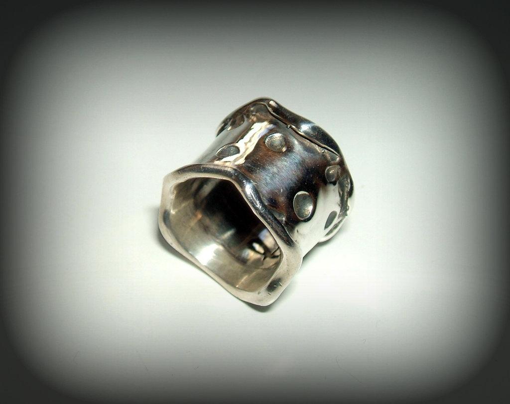 anello plain