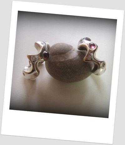 Sea slug Stone Ring
