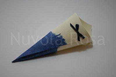 Coni riso matrimonio blu con fiocchetto e carta riso