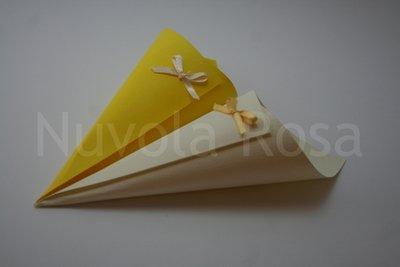 Coni riso matrimonio giallo con fiocchetto